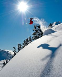 Playing with the sun, the snow and shadows