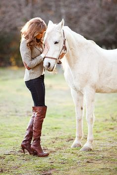 Save a Horse, Ride a Classic Trend & TOP 7 Perks of Growin' Up Country - Savvy Spice Country Chic, Country Girls, Country Bumpkin, Country Casual, Horse Riding, Riding Boots, Equestrian Style, Equestrian Fashion, Equestrian Outfits