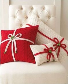 Easy pillow decor