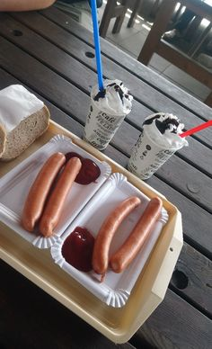 Hot Dog Buns, Hot Dogs, Bread, Friends, Food, Amigos, Brot, Essen, Baking