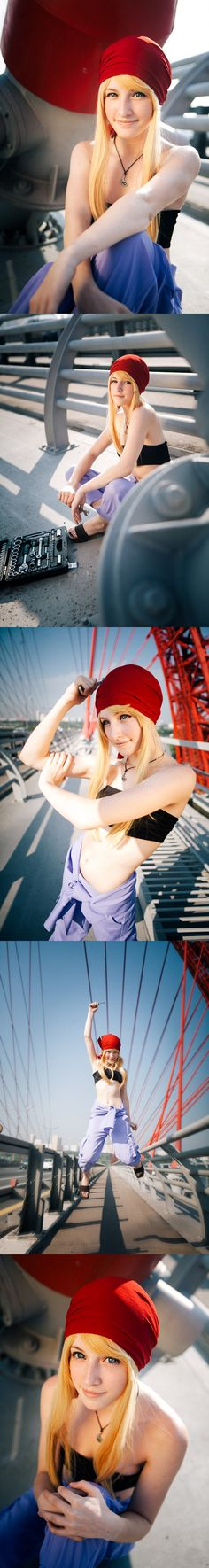 Winry #cosplay from Fullmetal Alchemist