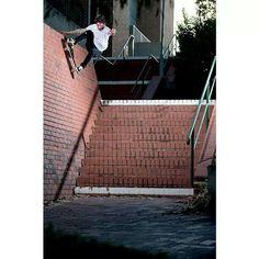 5df44b59999 11 Best Skateboarding images
