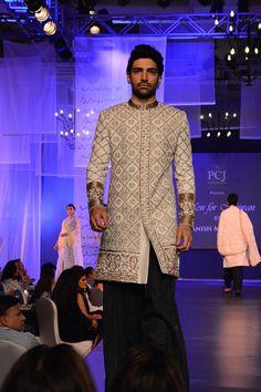 Manish Malhotra mens indian wedding sherwani short jacket