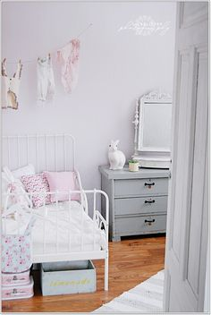 Color combination- the boo and the boy: girls' rooms