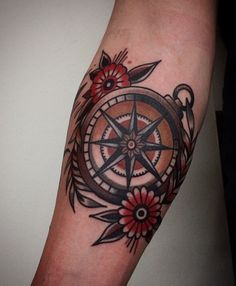 50 small compass tattoos for men - design ideas for navigation inks - . - 50 small compass tattoos for men – design ideas for navigation inks – cool small compass-old sc - Elbow Tattoos, Foot Tattoos, Arm Tattoo, Sleeve Tattoos, Flower Tattoos, Traditional Compass Tattoo, Traditional Tattoo Man, Traditional Design, Traditional Nautical Tattoo