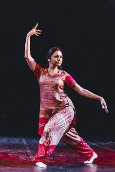 Confrontations: Melanie Lomoff and Rama Vaidyanathan | Brave Festival 2014 Sacred Body, phot. Mateusz Bral
