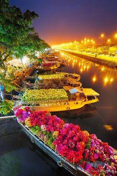 Flower Market in Saigon, Vietnam