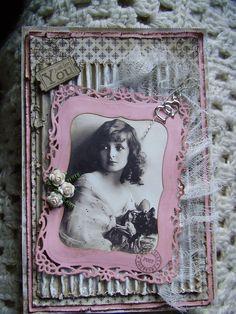 Et rosa posekort. Flere bilder i bloggen.