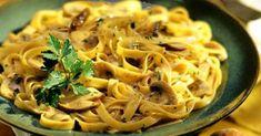 Ταλιατέλες με μανιτάρια, σκόρδο και μαϊντανό Macaroni And Cheese, Food Processor Recipes, Spaghetti, Cooking Recipes, Pasta, Ethnic Recipes, Greek Beauty, Mac And Cheese, Chef Recipes
