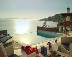 Resort in Greek God Apollo's Birthplace: Mykonos Grand Hotel
