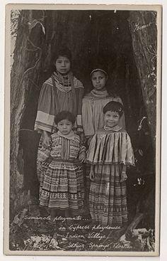 Seminole Children circa 1920 by Yenshee Baby Van Sweete Native American Children, Native American Beauty, Native American Photos, Native American Tribes, Native American History, American Life, Cherokees, Seminole Indians, Oklahoma