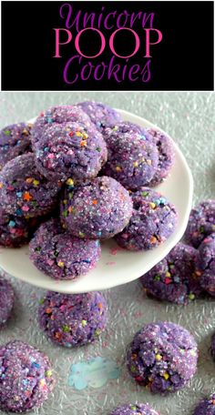 Unicorn everything is all the rage at the moment and these unicorn poop cookies are much more delicious than the name suggests! Thick, chewy, sweet, chocolatey and wonderfully purple – these cookies will be a hit with both young and old … Yummy Cookies, Cake Cookies, Sugar Cookies, Yummy Treats, Cupcake Cakes, Sweet Treats, Yummy Food, Fun Food, Cupcakes
