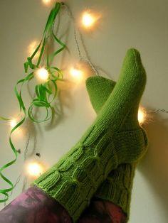 Kromosomisukat by Sara Palojärvi - free Knitting Socks, Knit Socks, Little Cotton Rabbits, One Color, Colour, Yarn Colors, Fingerless Gloves, Arm Warmers, Mittens