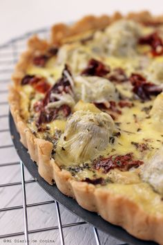 Quiche of artichokes and sun-dried tomatoes – Mi Diario de Cocina Yummy Veggie, Yummy Food, Quiches, Tomato Quiche, Antipasto Platter, Gourmet Desserts, Plated Desserts, Salty Foods, Dried Tomatoes