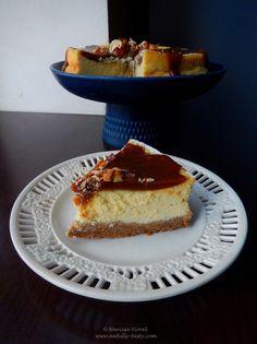 Cheesecake cu sos caramel și caju