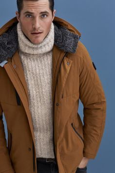 BUGATTI AUTUMN/WINTER 2016 I Keep it cozy in a turtleneck sweater combined with a copper jacket. Our suggestion for a smart cold weather look! #bugattifashion #menswear #parka