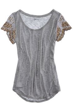 Love this top! Stitch Fix has some great options for late summer and fall…