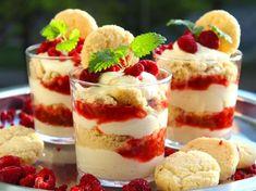 Rabarber- och halloncheesecake med drömkross | Recept från Köket.se