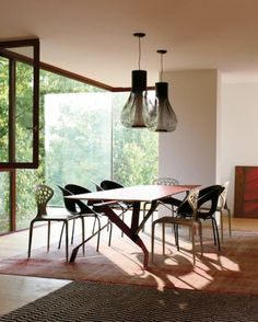dining space by Patricia Urquiola