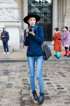 Skinny jeans, boots, blue sweater