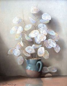 Lunaria (money plant) by Robert Chailloux . Love the colours on the Honesty pods Dried Flower Arrangements, Dried Flowers, Money Plant, Seed Pods, Arte Floral, Silver Dollar, Botanical Illustration, Plant Decor, Gardening