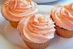 Watermelon Cupcakes with Watermelon Buttercream...very interesting...