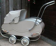Kinderwagen anno vijftiger jaren.