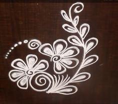 Easy Rangoli Designs Videos, Simple Rangoli Border Designs, Rangoli Designs Latest, Rangoli Designs Flower, Rangoli Patterns, Free Hand Rangoli Design, Small Rangoli Design, Rangoli Designs Diwali, Rangoli Designs With Dots