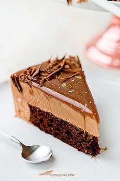 Nutella mousse cake with milk chocolate mirror glaze Dessert Cake Recipes, Sweets Cake, Cookie Desserts, Sweet Desserts, Brownie Recipes, Sweet Recipes, Delicious Desserts, Yummy Food, Chocolate Mousse Cheesecake
