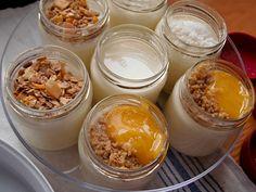 Pyszny domowy jogurt przygotowany przy pomocy jogurtownicy Severin JG 3519.