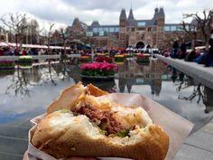 è il pranzo di domenica scorsa ma ancora me lo sogno! panini al volo da una bancarella del mercato!