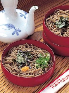 Soba - buckwheat noodles 荒木屋 - 出雲/そば(蕎麦) Japanese Udon, Japanese Food Sushi, Japanese Noodles, Asian Recipes, Gourmet Recipes, New Year's Food, Tasty, Yummy Food, Foods To Eat