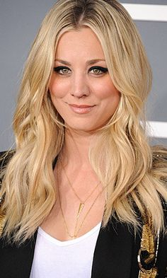 Actress Kaley Cuoco and her usual hairstyle. (WireImage) @Amanda Snelson Snelson Luft