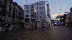 Con sede en Estambul, Turquía, el cineasta, artista de graffiti y fotógrafo Erdal Inci, ha estado experimentando con el movimiento clonado en video desde 2004. Durante los últimos meses ha convertido varios de estos videos en gifs animados realmente hipnotizantes.