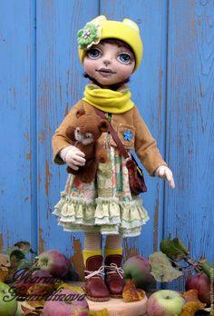 """Купить Текстильная кукла """" Яна"""" - желтый, натуральные материалы, синий цвет, деревянные заготовки"""