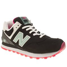 new arrival 0ee57 6fe35 New Balance Black   pink 574 Glacial Trainers
