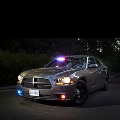 Dodge Charger Undercover Police Gear, Police Officer, Radios, Automobile, 4x4, Emergency Vehicles, Police Vehicles, Dodge Muscle Cars, Police Patrol