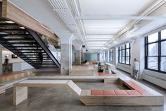 Horizon Media, New York City, an office space made by A+I. Photo © Magda Biernat.