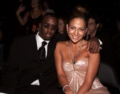 Diddy and J.Lo cuddle in close for the 1st Annual LatinGrammys.
