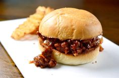 Sriracha BBQ Sloppy Joes Recipe- Get your napkins ready!Sriracha BBQ Sloppy Joes Recipe- Get your napkins ready! I Love Food, Good Food, Yummy Food, Tasty, Bbq Sloppy Joe Recipe, Sloppy Joe Recipe With Brown Sugar, Sriracha Recipes, Beef Dishes, Ground Beef Recipes