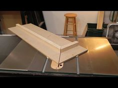 Making a table saw miter sled | Dan's Hobbies