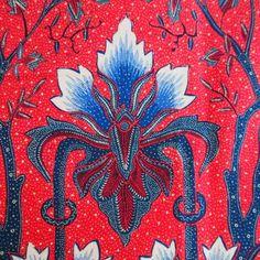 Long cloth hand drawn batik – The Language of Cloth