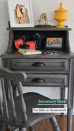 Diy Furniture Renovation, Refurbished Furniture, Repurposed Furniture, Furniture Makeover, Painted Furniture, Diy Wood Projects, Furniture Projects, Furniture Making, Repurposed Items