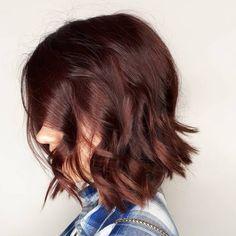 15 Mahogany Hair Color Shades You Have to See Short Dark Hair, Dark Red Hair, Burgundy Hair, Hair Color Shades, Red Hair Color, Hair Colors, Colours, Dark Mahogany Hair, Auburn