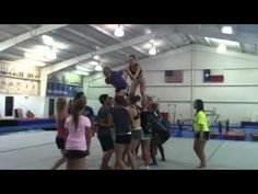 Awesome cheer pyramid! - YouTube
