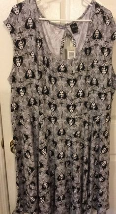 Plus Size Evil Queen Disney skater dress Torrid NEW Size 5 #Torrid