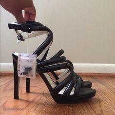 Zara Ankle Strap Sandals New with tags Zara ankle strap sandals. Size 40 Euro US size 9. Zara Shoes Sandals