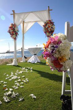 Beach Maui wedding #beachmauiwedding, #beautifulbeachwedding Photo by Tad Craig Photography