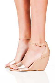 Seychelles Shoes, nude wedge