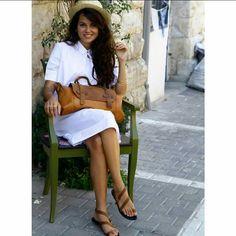 Gumod Womens Summer Sundress Sleeveless - Now Outfits Minimalist Dresses, Minimalist Shoes, Minimalist Fashion, Womens Fashion For Work, Work Fashion, Beach Dresses, Summer Dresses, Black And White Shirt, Summer Work Outfits